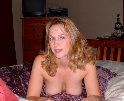 Amateur user submitted pics naked hawaiian women